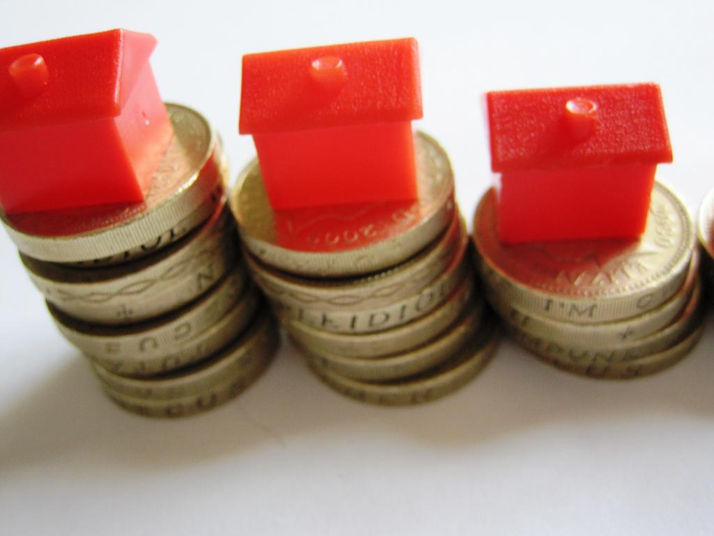 UK Housing Marketing Pounds
